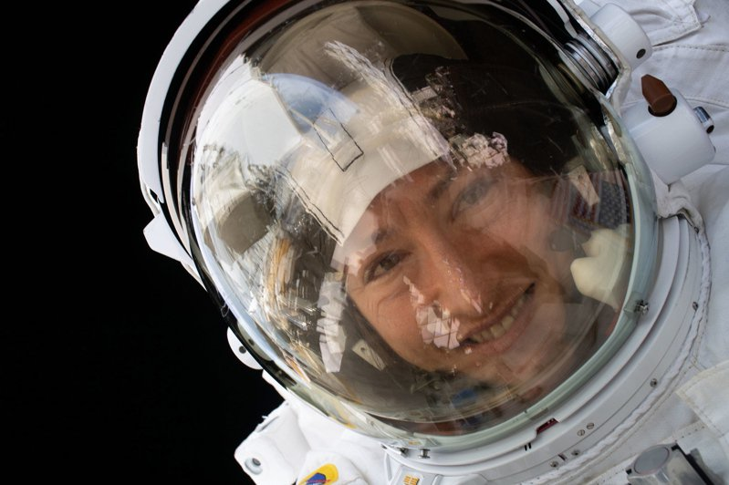 NASA與SpaceX合作的載人飛行將於27日啟動,2名太空人將乘坐新型的飛船「載人飛龍」(Crew Dragon)。圖/歐新社