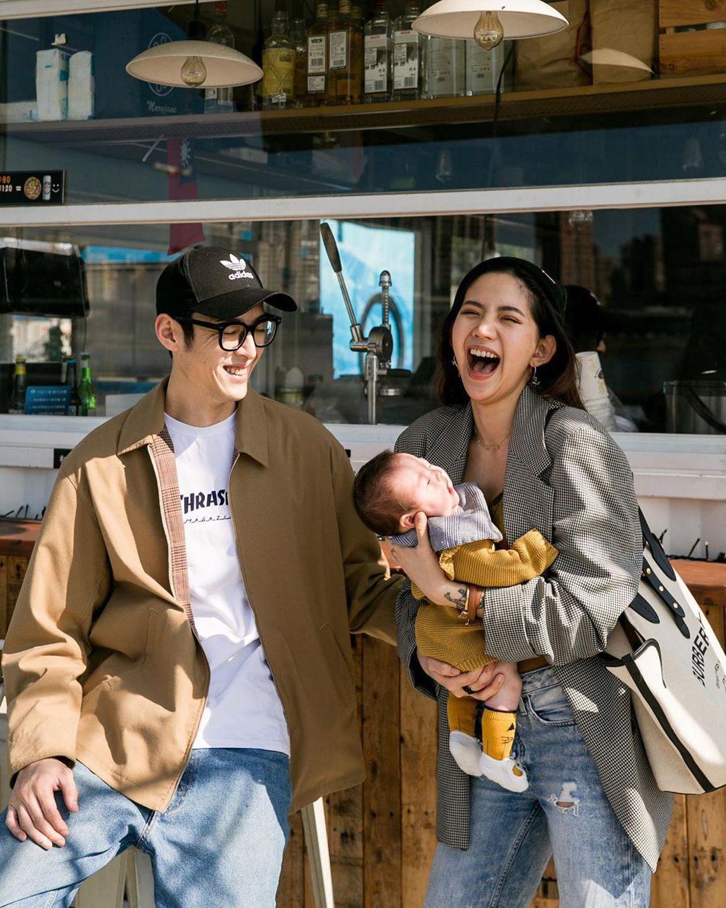 陳艾琳有老公、女兒的陪伴,心境變得開心。圖/擷自IG