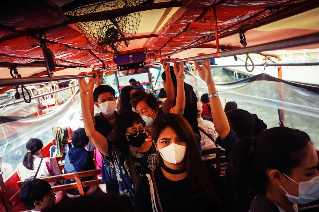 今年上半年中國遊客訪泰人數恐將減少200多萬,旅遊和相關行業的收入將下降至少1,...