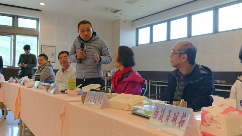 新北市長侯友宜前往萬里舉辦行里長行動治理座談會。圖/新北市民政局提供