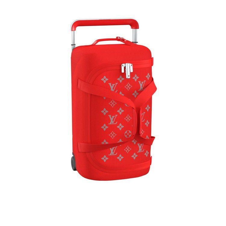 Horizon Soft紅與銀灰行李箱,售價94,000元。圖/LV提供