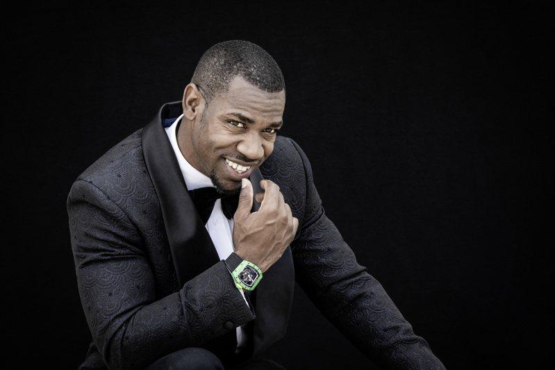 牙買加短跑名將Yohan Blake演繹RM 59-01 Yohan Blake陀飛輪腕表。圖/RICHARD MILLE提供
