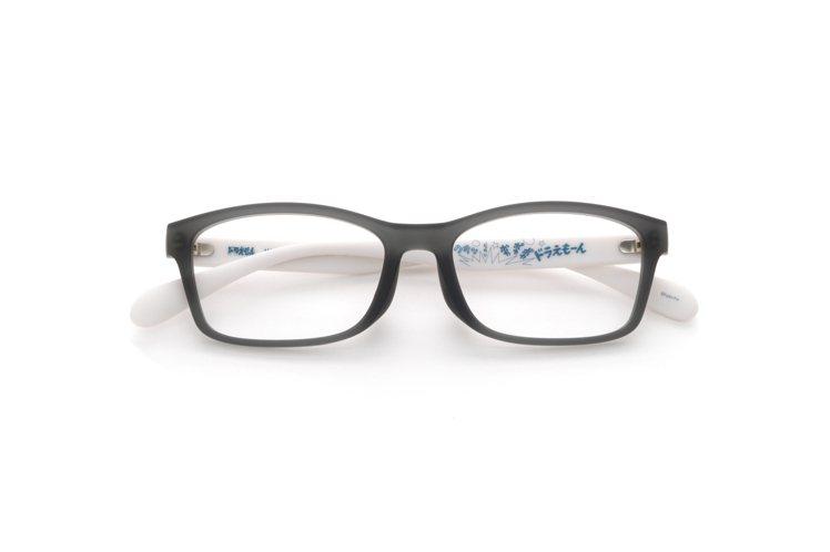 JINS哆啦A夢極輕量膠框眼鏡。圖/JINS提供