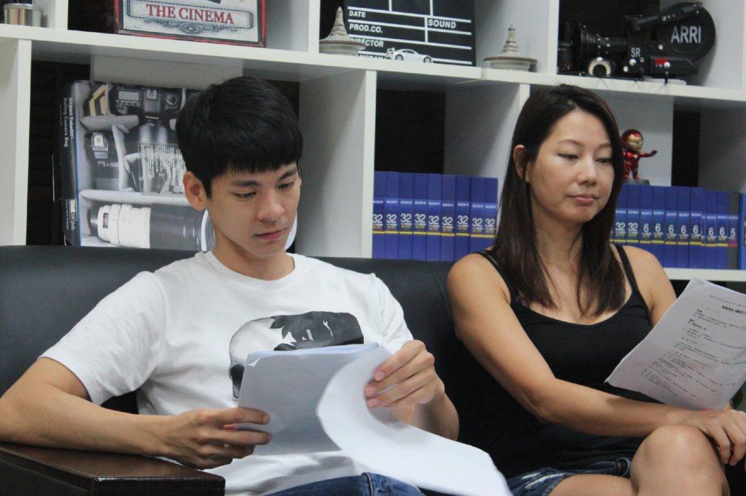 林柏宏和丁寧(右)接演新片「青春弒戀」。圖/青春弒戀提供