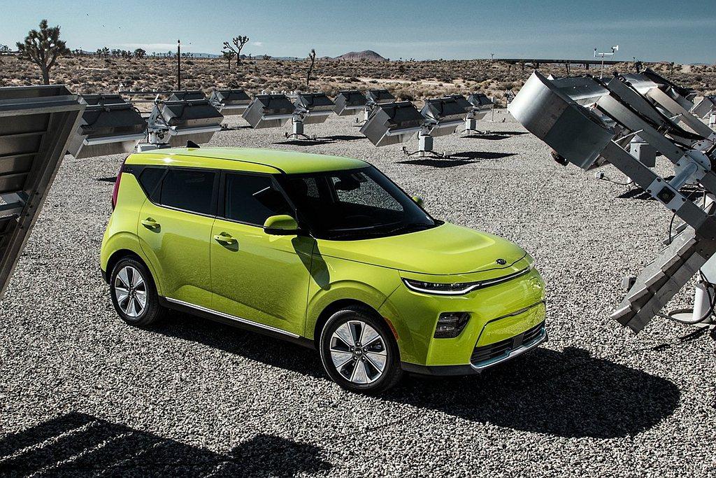 Kia Soul EV入圍2020年度世界風雲車獎項。 圖/Kia提供