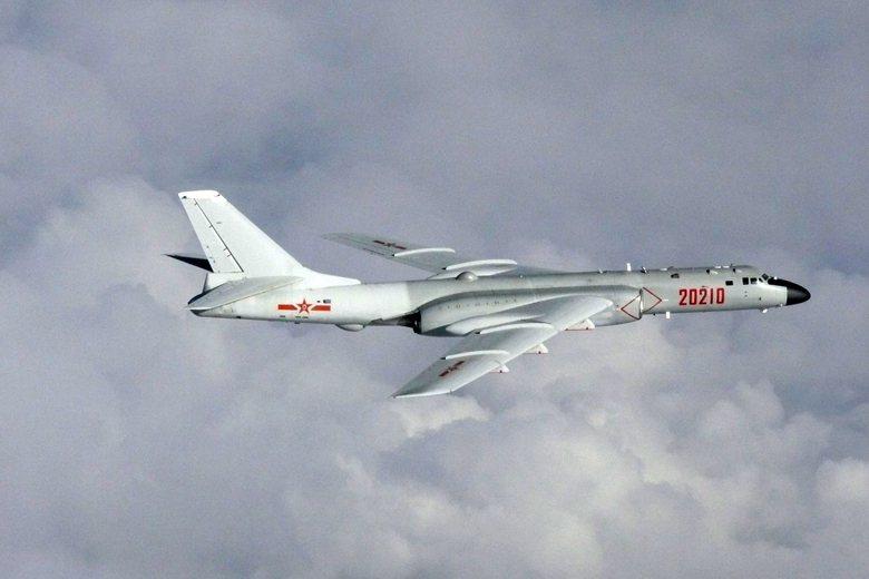 解放軍轟-6轟炸機。 圖/路透社