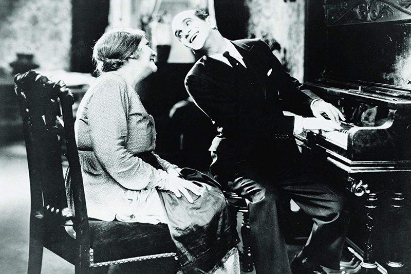 1927年美國電影《爵士歌手》標示有聲電影時代來臨。 圖/IMDb