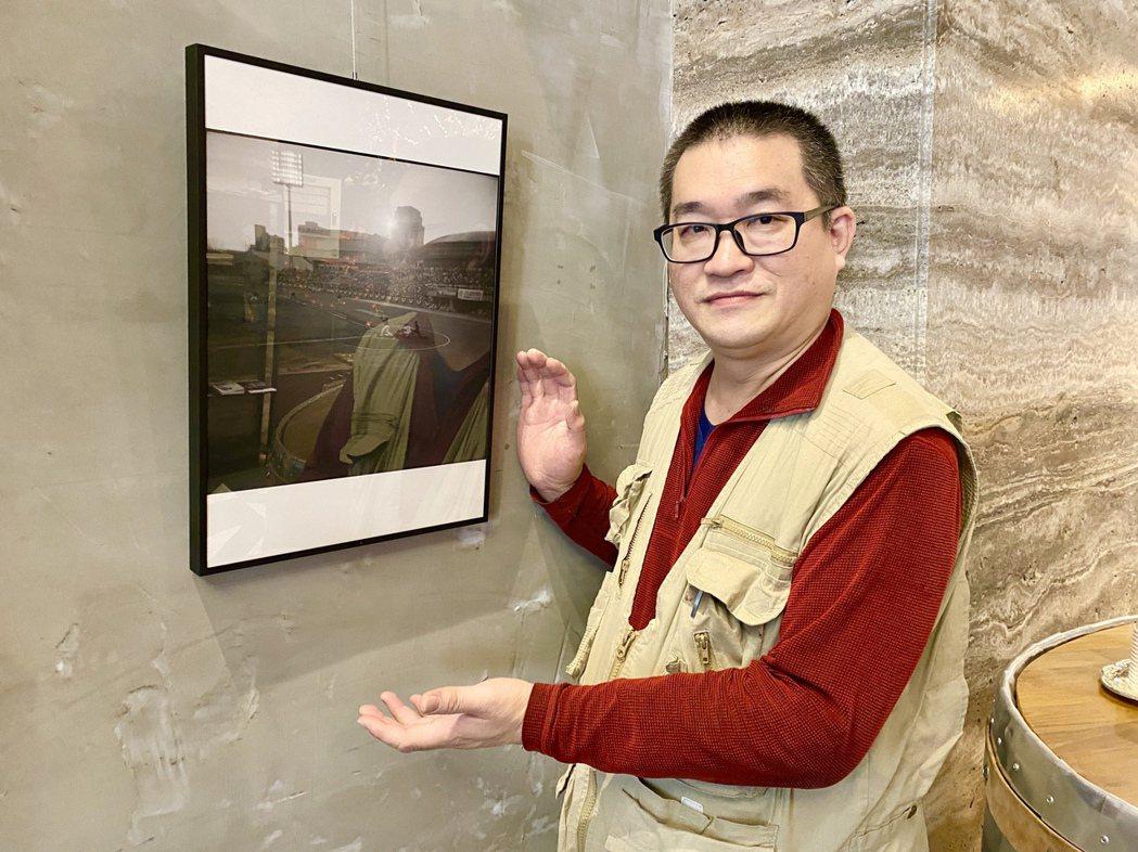 此次展出,特別規劃一幅具有歷史意義的作品:14年前中華職棒明星球員-張泰山千安紀...