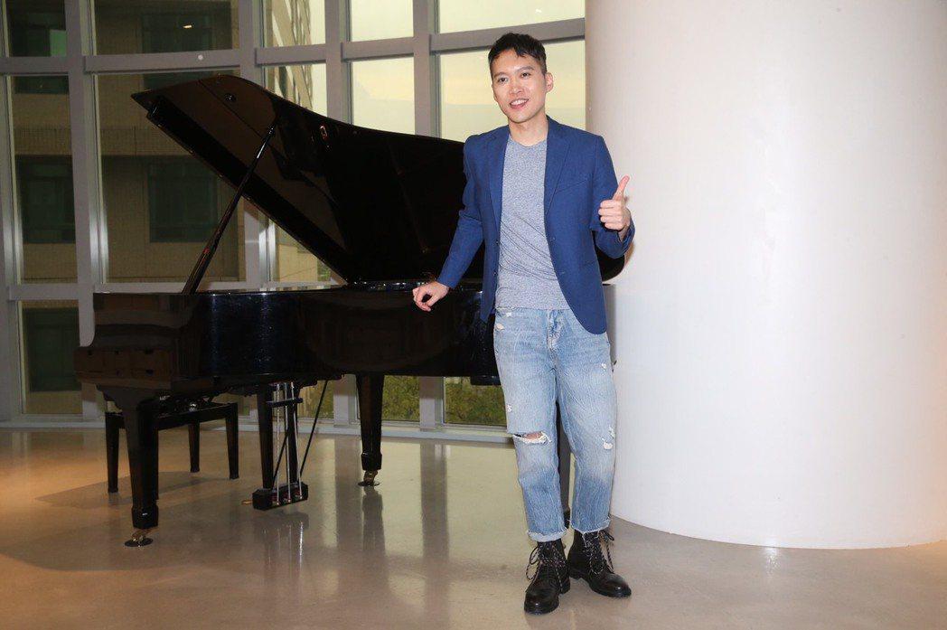 林中琦唱歌劇又寫巧虎神曲,近期再跨行流行樂壇。記者徐兆玄/攝影