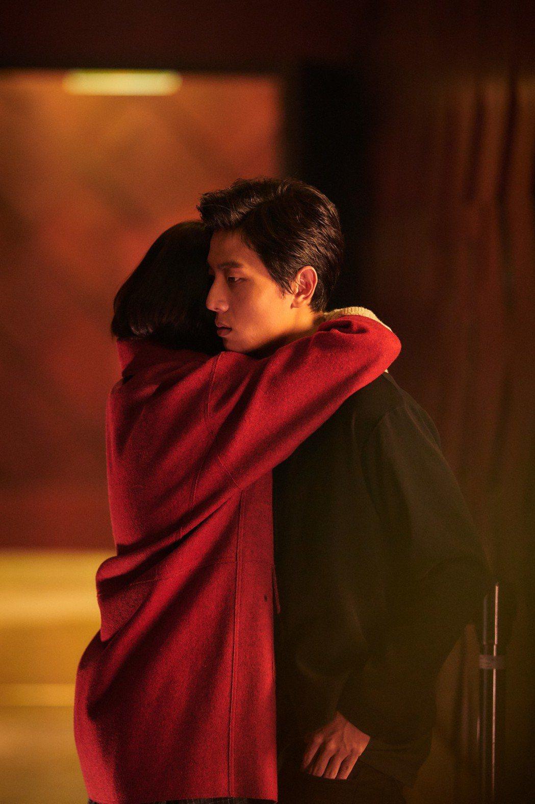 謝博安、柯佳嬿在「你的情歌」有浪漫對手戲。圖/甲上提供