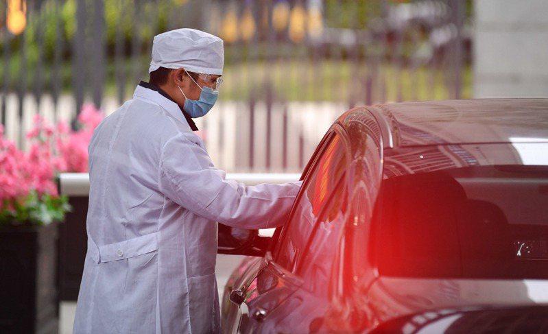 武漢肺炎中國大陸新增確診病例3399例,截至7日午夜,累計確診病例3萬4546例,死亡病例722例。 新華社