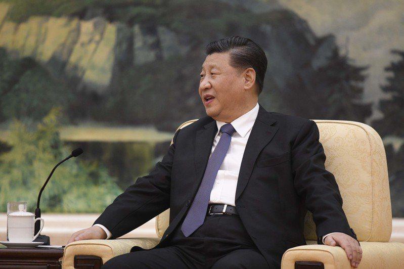 武漢肺炎疫情蔓延,衝擊中國國家主席習近平(圖)的統治威信。 歐新社