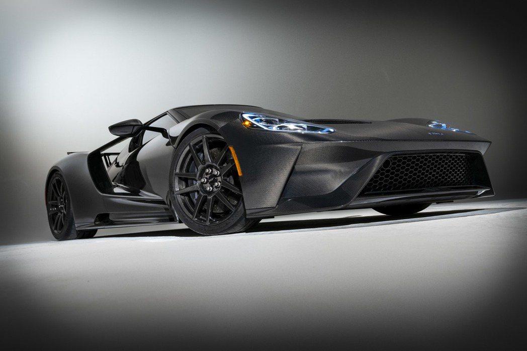 原廠針對2020年式的Ford GT做了動力、底盤與冷卻系統的升級。 圖/For...