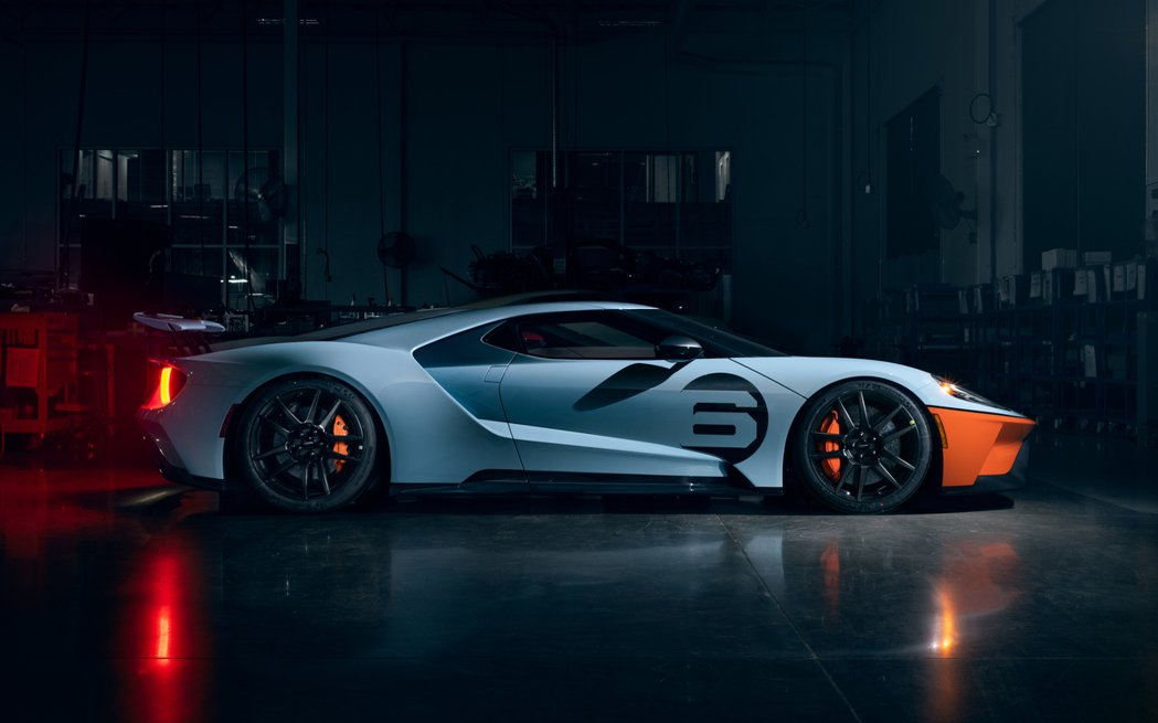 Ford GT Gulf Racing Heritage Livery塗裝致敬1...