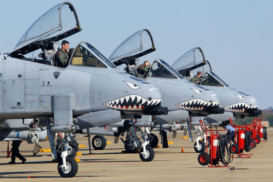 美國空軍23大隊的A-10機群,機守仍然塗著鯊魚嘴。  圖/美國空軍檔案照