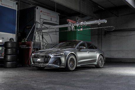 Audi RS7竟能跟Lamborghini Huracan正面對決 究竟吃了什麼藥?