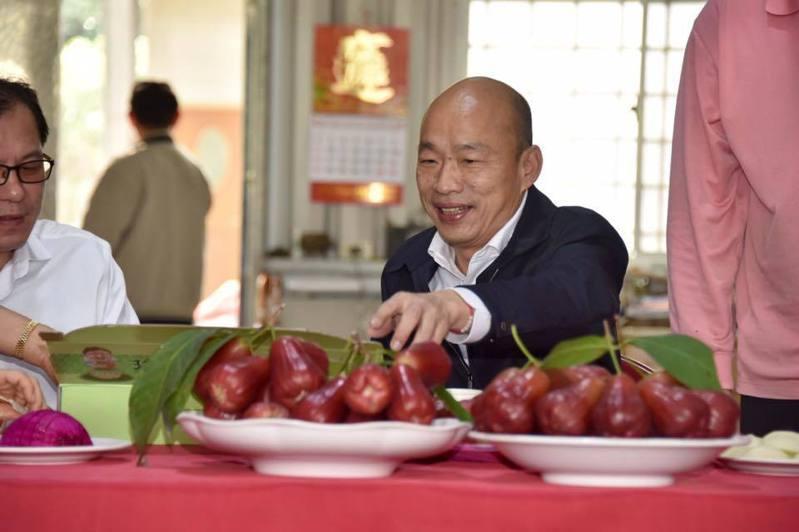 肺炎疫情影響水果外銷,高雄市長韓國瑜分享高雄蓮霧的外銷現況。圖/取自韓國瑜臉書