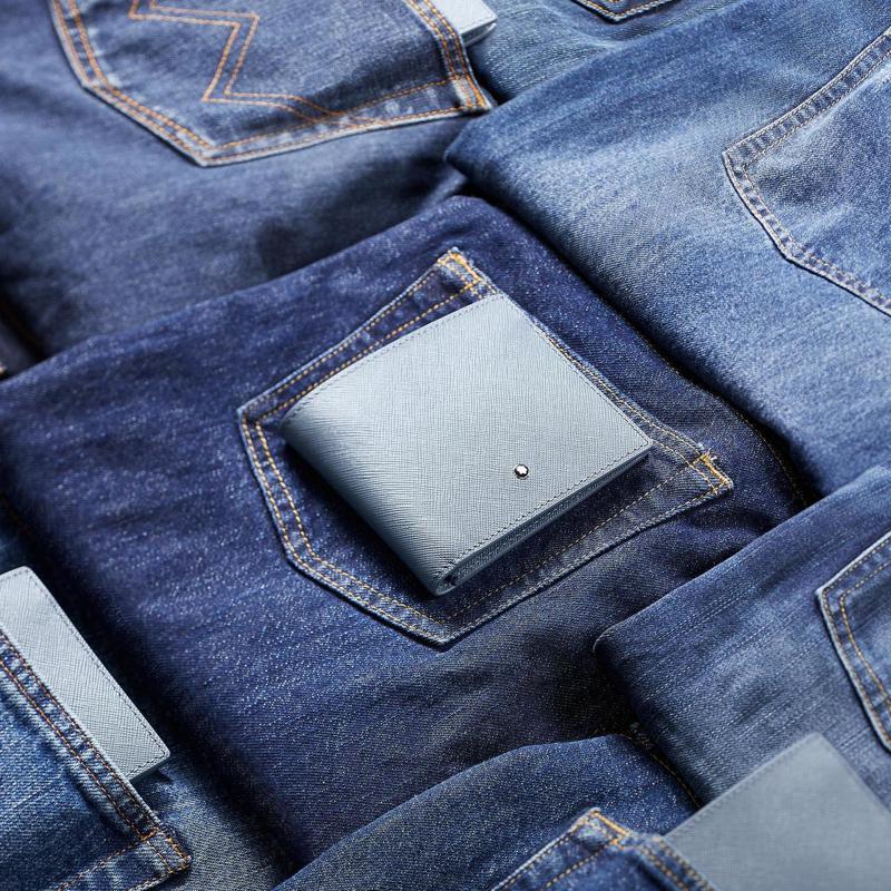 紳士品牌年輕化,推出牛仔藍系列皮夾。圖/萬寶龍提供
