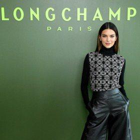 紐約時裝周/Longchamp折疊包 變身巨大手拿包