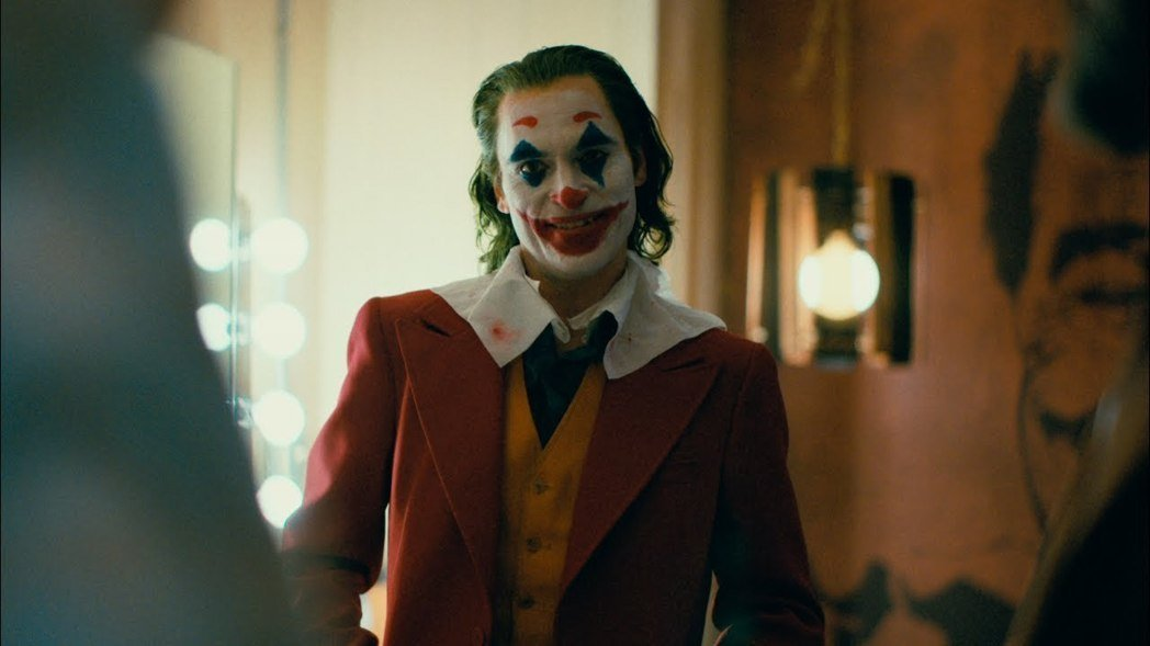 「小丑」有望拿下多項奧斯卡獎,破漫畫改編電影紀錄。圖/華納兄弟提供