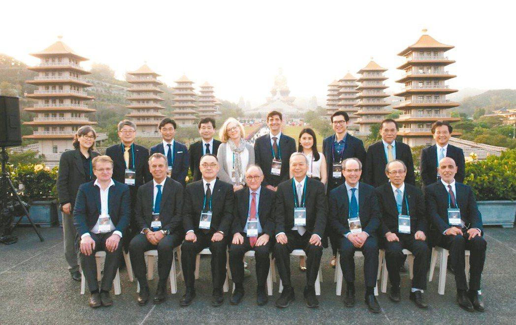 國際活體肝移植研究會第四屆世界大會在佛光山佛陀紀念館舉行,全球肝移植頂尖專家印象...