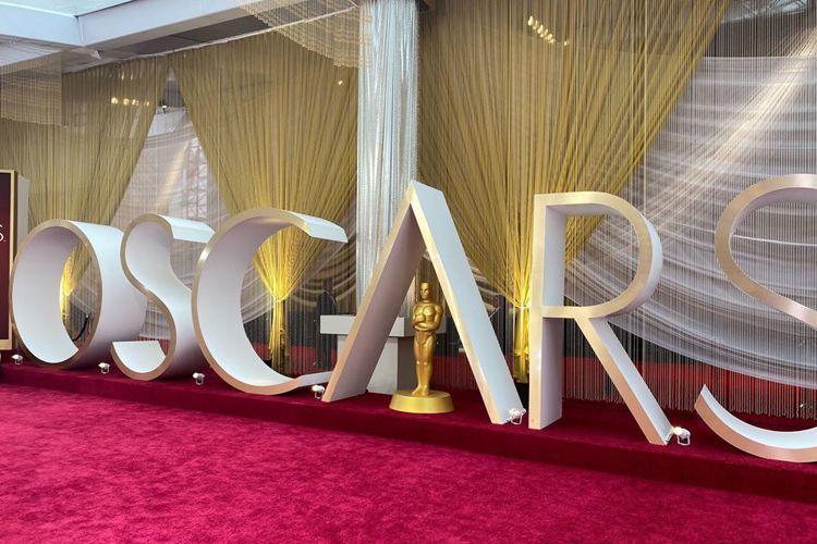 第92屆奧斯卡金像獎頒獎典禮於台灣時間2月10日早上9點在好萊塢大道上的杜比劇院(Dolby Theatre)舉行,得獎名單如下:最佳影片寄生上流(Parasite)最佳女主角芮妮齊薇格(Renée...