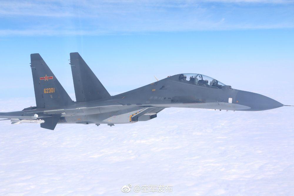 中共空軍先前執行遠海長航任務,發布的Su-30戰機照片。圖/翻攝自「空軍發布」微...
