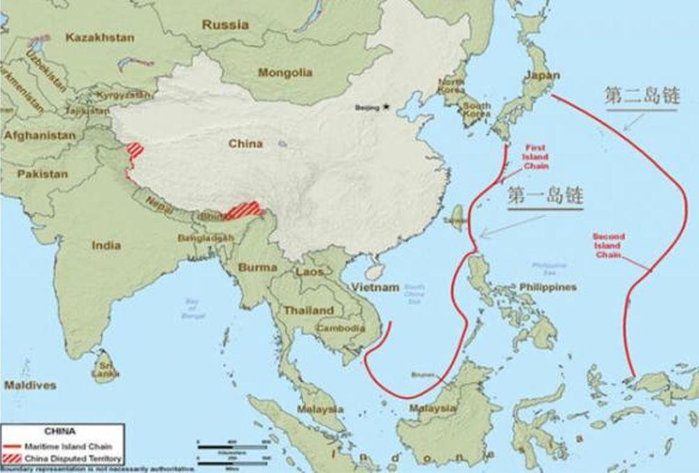 解放軍空軍戰機飛出第一島鏈進行遠海訓練已常態化。圖右兩條紅線,即為第一、第二島鏈...