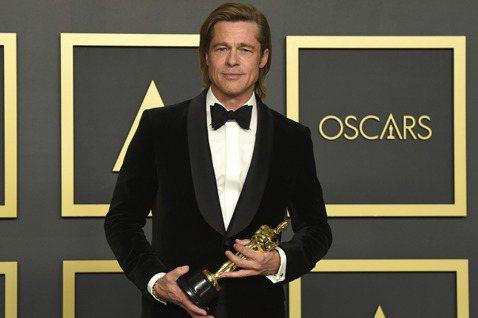 美國男星布萊德彼特(Brad Pitt)今天奪得第92屆奧斯卡最佳男配角獎,這是他演藝生涯首座奧斯卡演技類獎項。56歲的布萊德彼特因為在「從前,有個好萊塢」(Once Upon a Time in ...