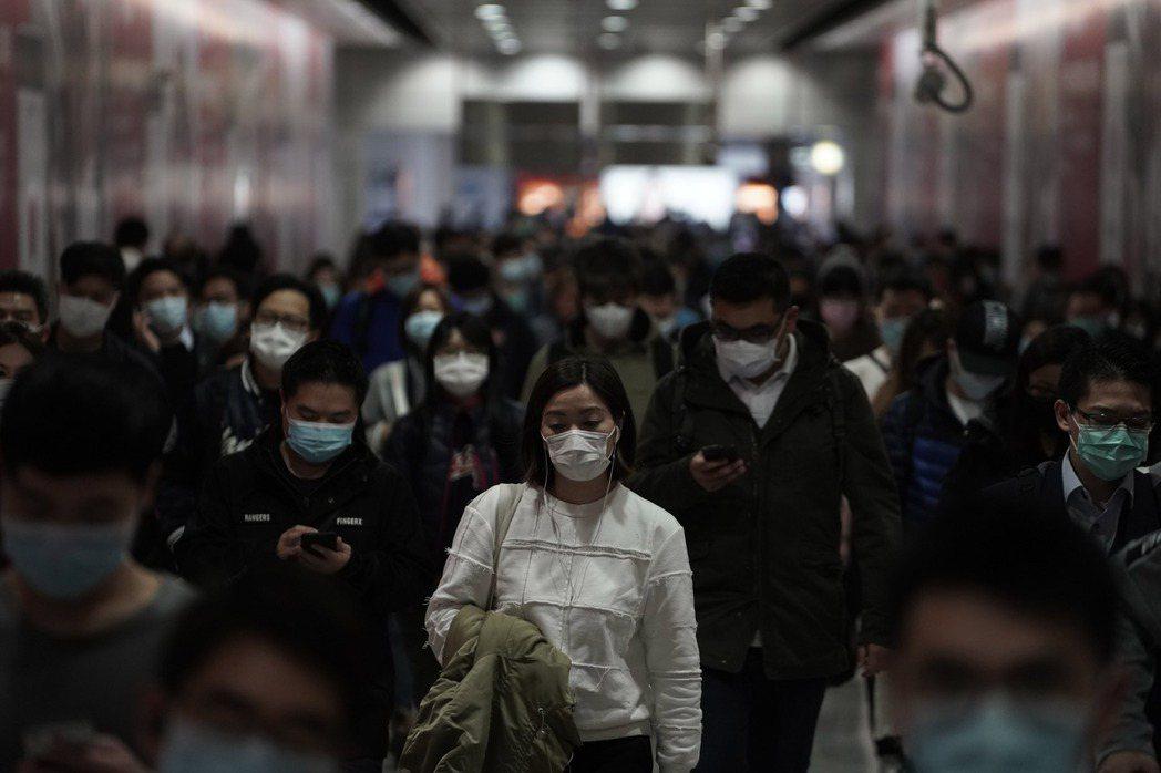「中國模式」雖帶來短期經濟成長,但卻很容易造成強烈的社會對立。 圖/美聯社