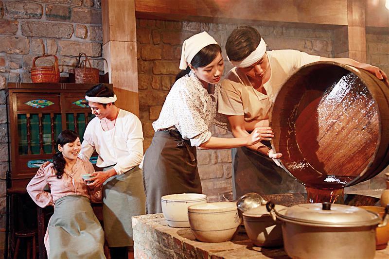 《醬園生》以萬家香醬油為藍本,加入虛構的戲劇元素,講一部手工釀製醬油的創業故事。