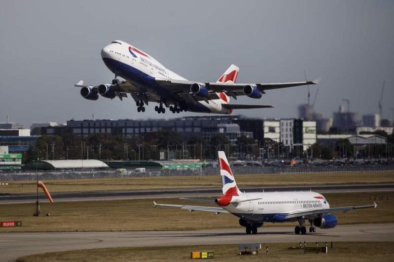 英國航空公司一架波音747-436飛機9日以4小時56分鐘的飛行時間,創下紐約飛倫敦的亞音速最快紀錄。法新社