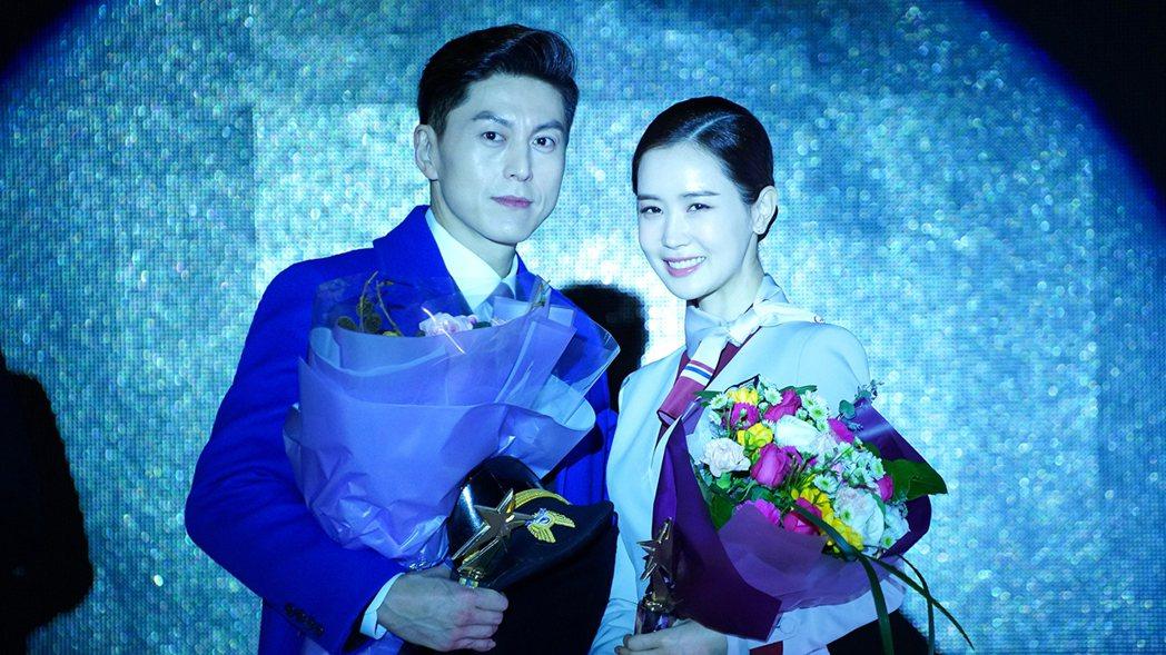 柳秀榮(左)、李多海在劇中有精彩對手戲。圖/東森戲劇台提供