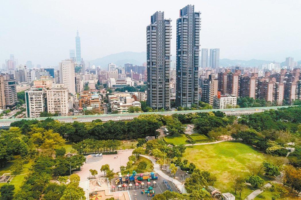 台北市房價居高不下,買方無力負擔。 圖/聯合報系資料照片