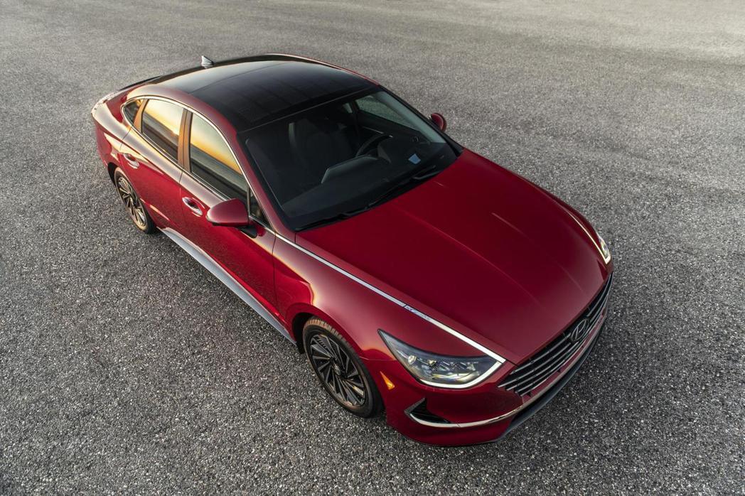 新世代美規Hyundai Sonata Hybrid入門車型平均油耗達到22km...