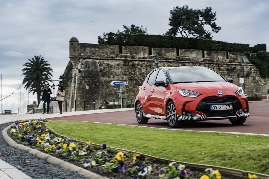 尚未在歐洲「正式」發表的Toyota Yaris,以及輕度偽裝之姿預告上市。 摘...
