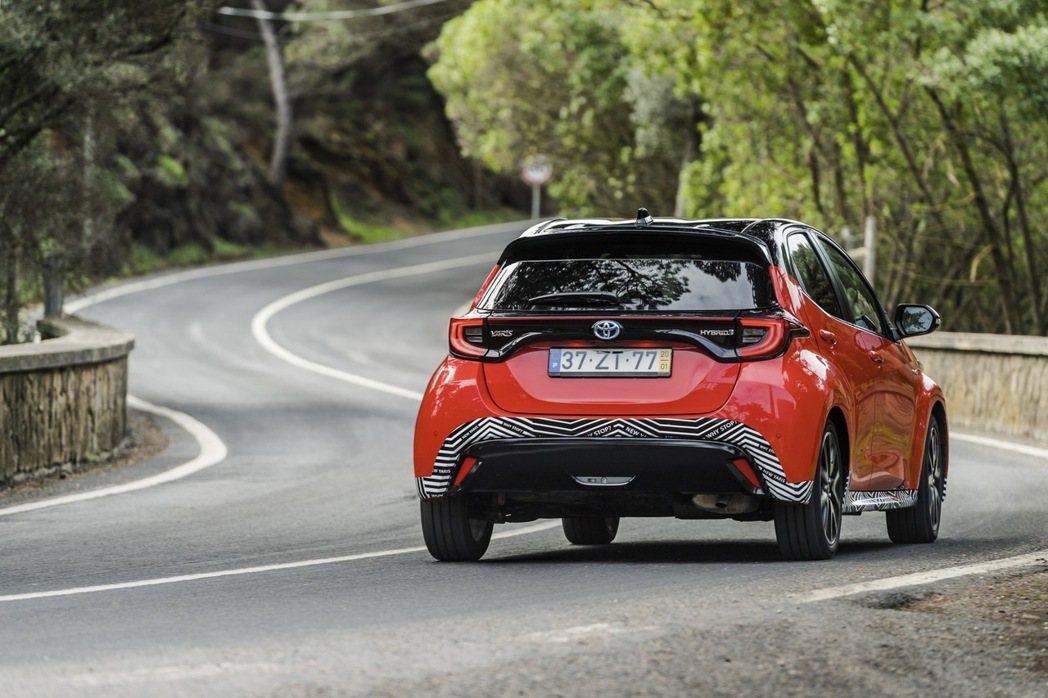 搭載1.5升Hybrid油電動力的第四代Toyota Yaris歐規車型,綜效馬...