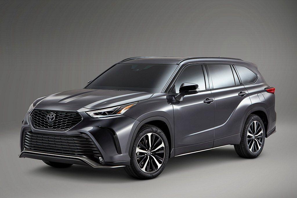 Toyota汽車為滿足個性買家的需求,於第四代Highlander車系新增更運動...