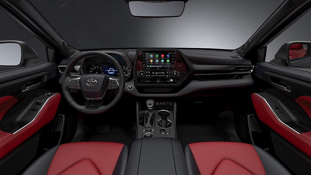 Toyota Highlander XSE中控台採黑色皮革包覆,再透過紅色縫線、...