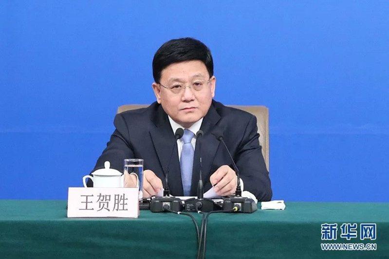 王賀勝兼任湖北省衛健委黨組書記和主任。圖 /新華網