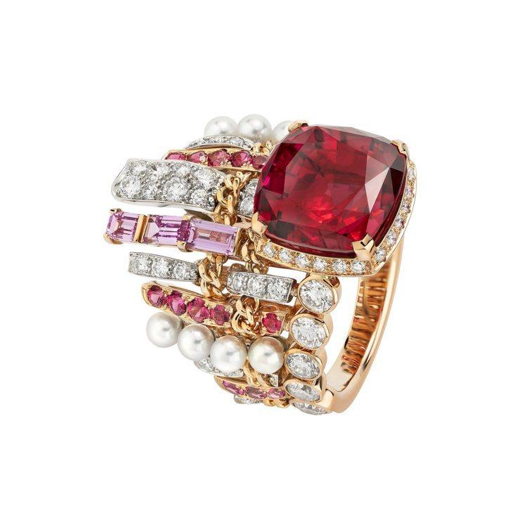 CHANEL,Tweed Couture戒指,鉑金及粉紅金,鑲嵌粉紅藍寶石、鑽石...