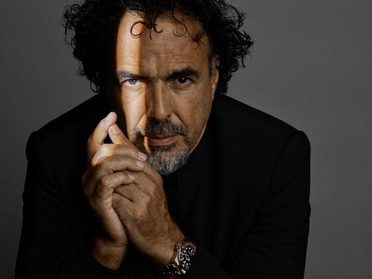 曾執導電影《鳥人》、《神鬼獵人》導演的阿利安卓崗札雷伊納利圖,同時也是勞力士品牌...