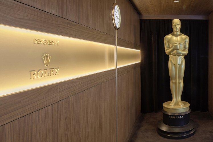 從2016年起,奧斯卡金像獎的嘉賓將能於勞力士設計、負責的綠坊休息室(Green...
