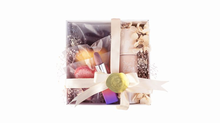 快閃期間限定的kiss「濃情me意」禮盒,原價1,090元、特價889元。圖/k...