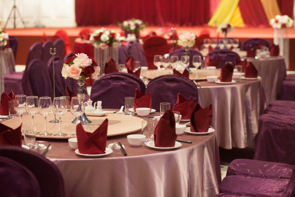 新冠肺炎疫情延燒,許多新人擔憂疫情影響親友出席人數,紛紛將婚宴延期。圖/讀者提供
