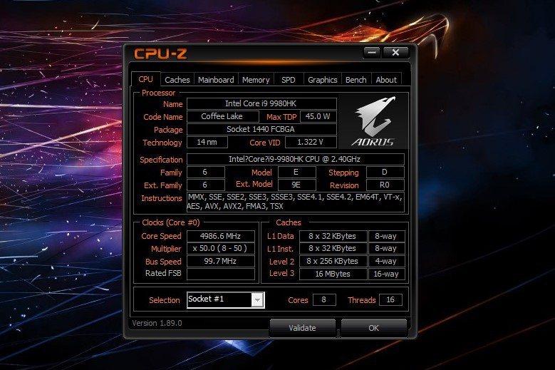 處理器採英特爾第9代 i9-9980HK。 彭子豪/攝影