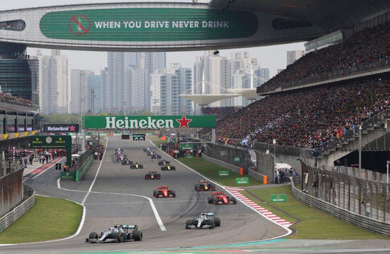 因武漢肺炎疫情,原定4月在上海舉行的F1賽事延期。 美聯社資料照片