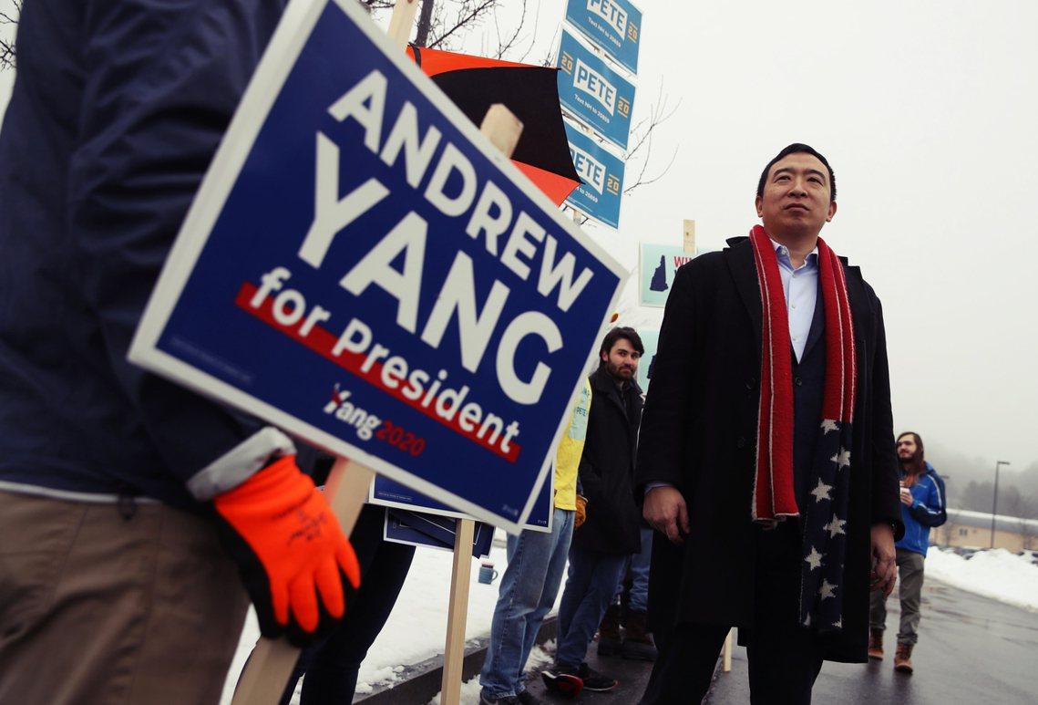 來自紐約的台裔候選人,楊安澤(Andrew Yang)在11日投票結束後,公開宣...