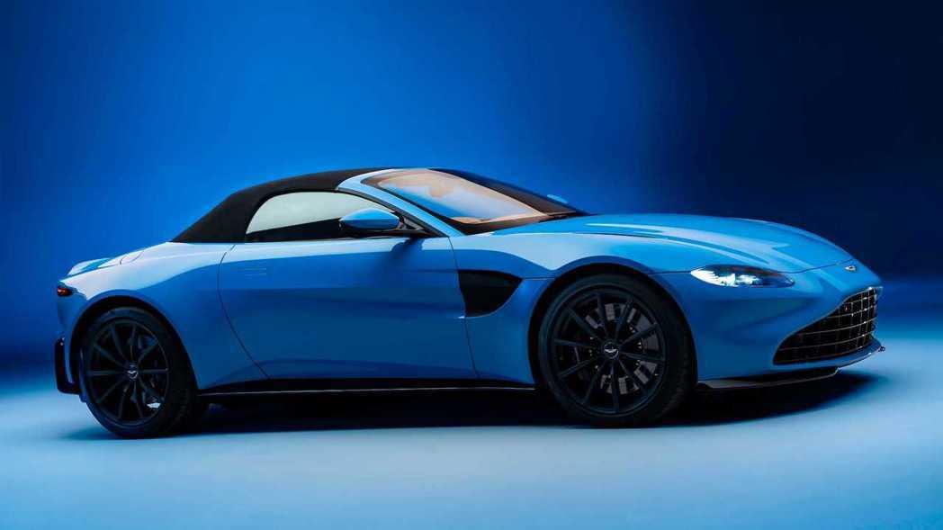 Vantage Roadster開篷僅需6.7秒、關篷6.8秒。 圖/Aston...