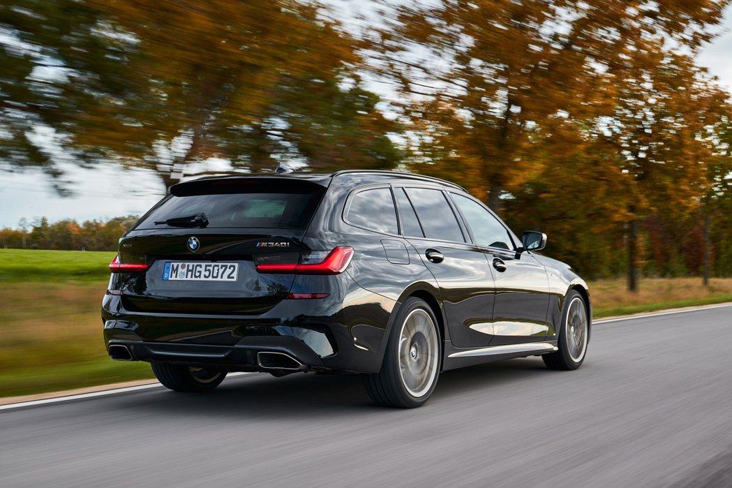 新世代BMW M340i xDrive Touring。 摘自BMW